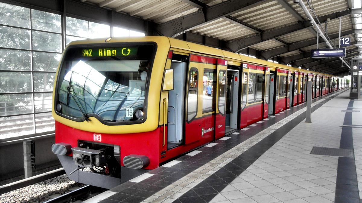 S Bahn Berlin S Bahn Berlin Gmbh Ifs Design